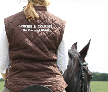 30min Riding Lesson at Thurleigh Equestrian Centre